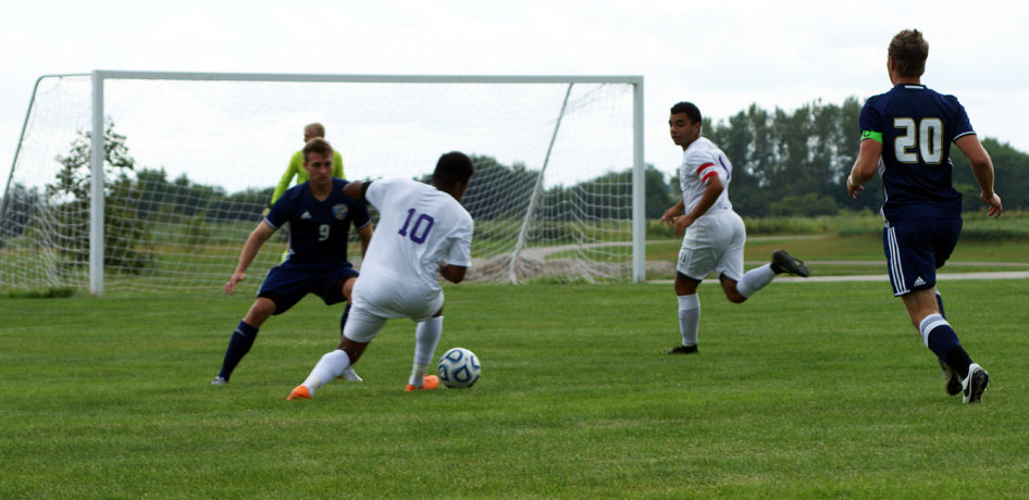 Photo for Men�s Soccer Takes down Eureka for First SLIAC Win